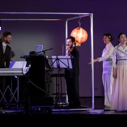 © Salzburger Festspiele / Erika Mayer, v.l.n.r. Konstantin Dupelius, Gustavo Strauß, Katharina Halus, Kanako Shimada